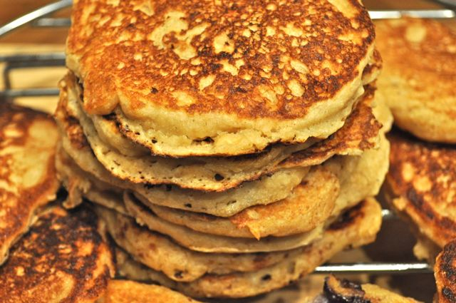 pancakes, whole -grain buttermilk/feature