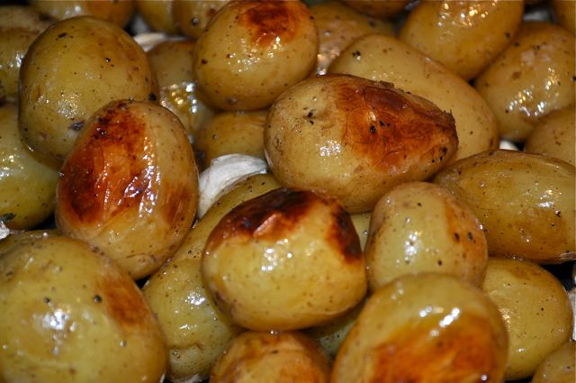 potatoes/roasting/feature