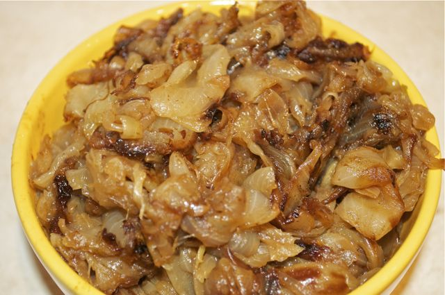 onions sliced/feature